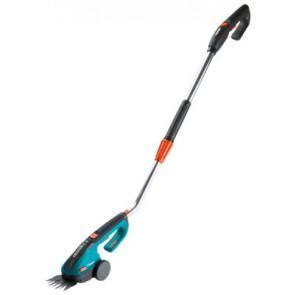 Akumulátorové nůžky na trávu ClassicCut s násadou - sada 8890-20